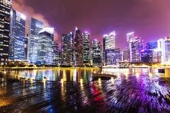 Horizon de nuit de Singapour Photos libres de droits