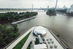 Horizon de paysage urbain de Dusseldorf à l'été 2017, Allemagne Image libre de droits