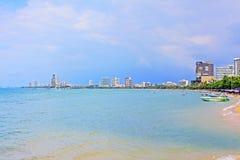 Horizon de plage et de ville de Pattaya, Pattaya, Thaïlande Photo stock