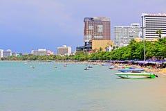 Horizon de plage et de ville de Pattaya, Pattaya, Thaïlande Images libres de droits