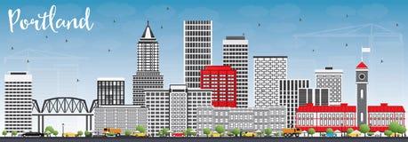 Horizon de Portland avec Gray Buildings et le ciel bleu Photographie stock