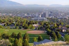 Horizon de Salt Lake City avec le bâtiment de capitol, Utah image libre de droits