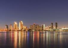 Horizon de San Diego la nuit Image libre de droits
