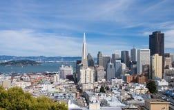 Horizon de San Francisco par jour Image libre de droits