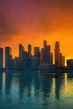 Horizon de Singapour au coucher du soleil Image libre de droits