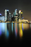 Horizon de Singapour CBD la nuit Photographie stock libre de droits