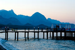 Horizon de soirée des montagnes Photo libre de droits