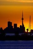 Horizon de Toronto à l'aube Photographie stock libre de droits