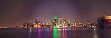 Horizon de Toronto dans le mouvement Images stock