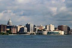 Horizon de van de binnenstad van Madison Royalty-vrije Stock Foto's