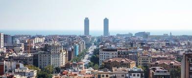 Horizon de ville de Barcelone photos libres de droits