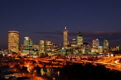 Horizon de ville de Perth la nuit Image stock