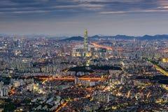 Horizon de ville de Séoul, la meilleure vue de la Corée du Sud chez Namhansanseo Images stock