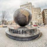 Horizon de ville de Tulsa autour des rues du centre Photographie stock libre de droits