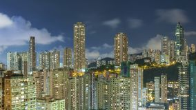 Horizon de ville de Hong Kong la nuit Photos libres de droits