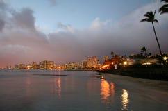 Horizon de Waikiki au lever de soleil photographie stock libre de droits