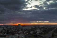 Horizon de Zagreb au lever de soleil Photos stock