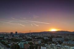 Horizon de Zagreb au lever de soleil Photos libres de droits