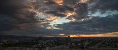 Horizon de Zagreb au lever de soleil Images libres de droits