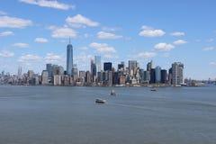 Horizon du centre de Manhattan Photos stock