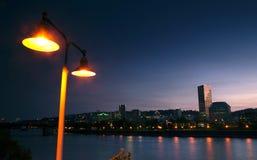 Horizon du centre Etats-Unis occidentaux de ville de Portland de bord de mer de rivière de Willamette images stock