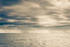 Horizon et ciel de mer de paysage marin Images stock