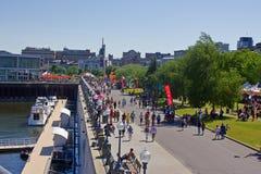 Horizon et port de Montréal. photos stock
