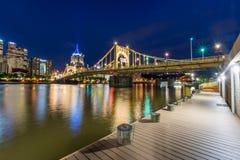 Horizon het Landen van van Pittsburgh, Pennsylvania fron Allegheny acros royalty-vrije stock afbeeldingen