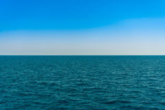 Horizon line - between sky and water Royalty Free Stock Images