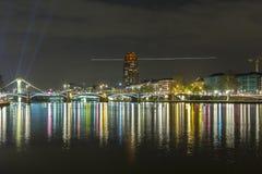 Horizon lumineux de Francfort sur Main pendant le Luminale 2014 Images libres de droits