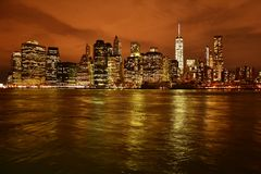 Horizon New York bij nacht Royalty-vrije Stock Fotografie