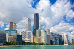 Horizon urbain de Chicago Images libres de droits