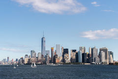 Horizon van de stad Manhattan van New York over Hudson-rivier Royalty-vrije Stock Afbeelding