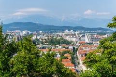 Horizon van de stad van Ljubljana in Slovenië van het kasteel van Ljubljana Stock Afbeelding