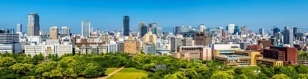 Horizon van de stad van Osaka in Japan stock foto