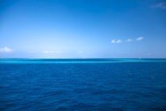 Horizon van Indische Oceaan in de Maldiven Royalty-vrije Stock Foto