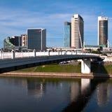 Horizon van Moderne Stad Vilnius stock foto's