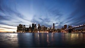 Horizon van New York bij zonsondergang Royalty-vrije Stock Afbeeldingen