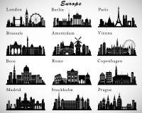 Horizons européens de villes réglés Silhouettes de vecteur Image libre de droits