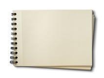 Horizontaal leeg schetsboek op wit Royalty-vrije Stock Afbeeldingen