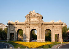 Horizontal Alcalá Gate in the morning Royalty Free Stock Photos