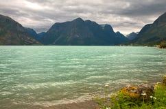 Horizontal avec le lac Photo stock