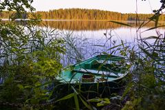 Horizontal avec un bateau photos libres de droits