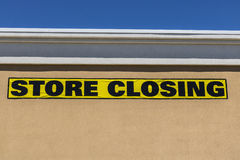 Horizontal Close Up Shot Of Store Closing Sign On A Retail Mall Business I royalty free stock photo