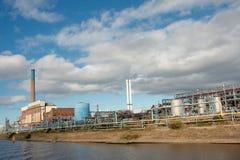Horizontal d'usine chimique Images libres de droits