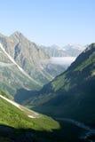 Horizontal de gorge en montagne de Caucase Photos libres de droits