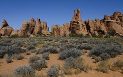 Horizontal de jardin de diables - formation de roche de pile de poteau photo libre de droits