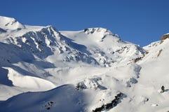 Horizontal de l'hiver dans haut Val Martello Photographie stock libre de droits