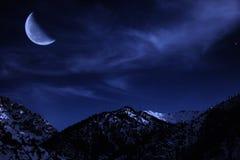 Horizontal de l'hiver de montagne de nuit Photographie stock