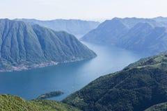Horizontal de lac Como Photos stock
